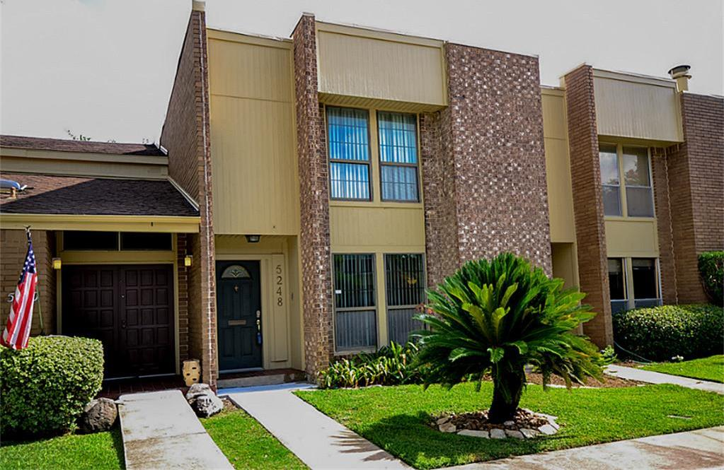 Off Market | 5248 Woodlawn Place Bellaire, Texas 77401 0