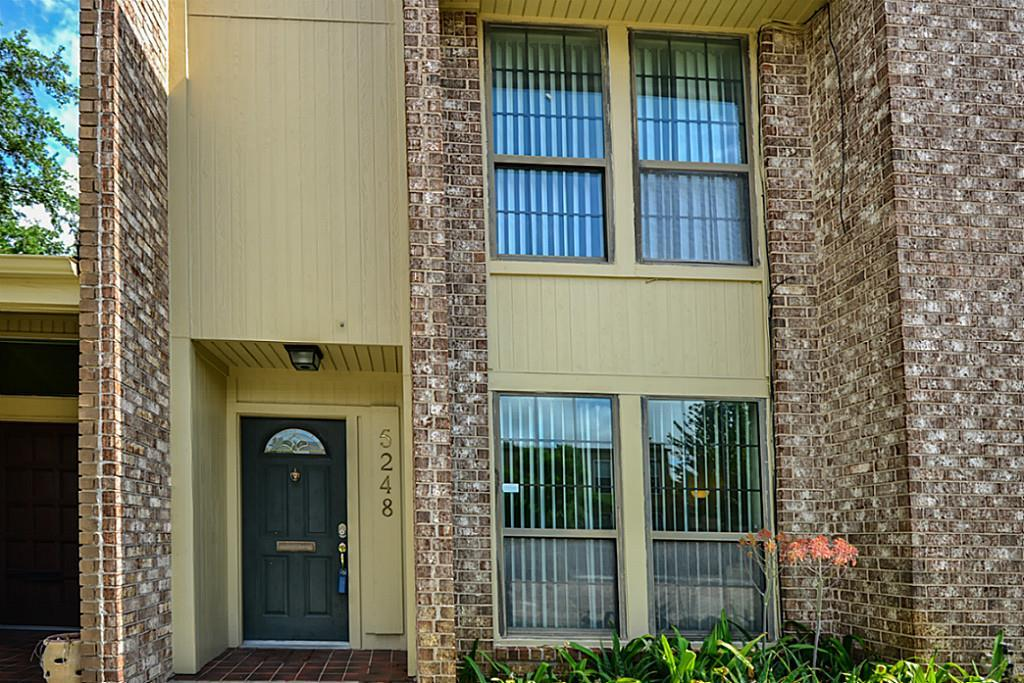 Off Market | 5248 Woodlawn Place Bellaire, Texas 77401 1