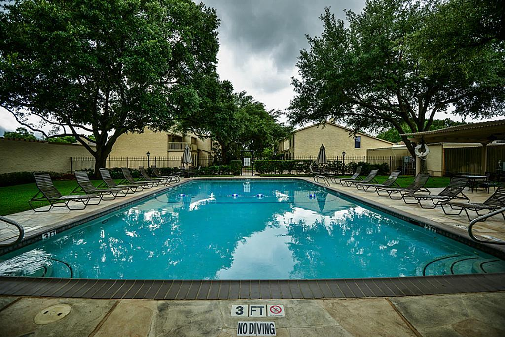 Off Market | 5248 Woodlawn Place Bellaire, Texas 77401 30