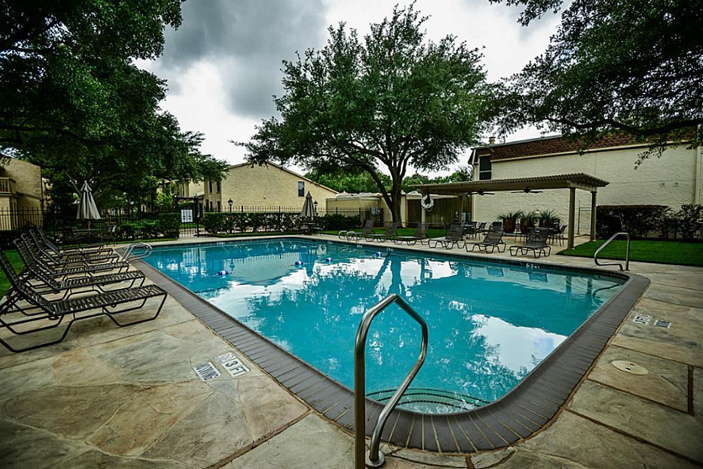 Off Market | 5248 Woodlawn Place Bellaire, Texas 77401 31