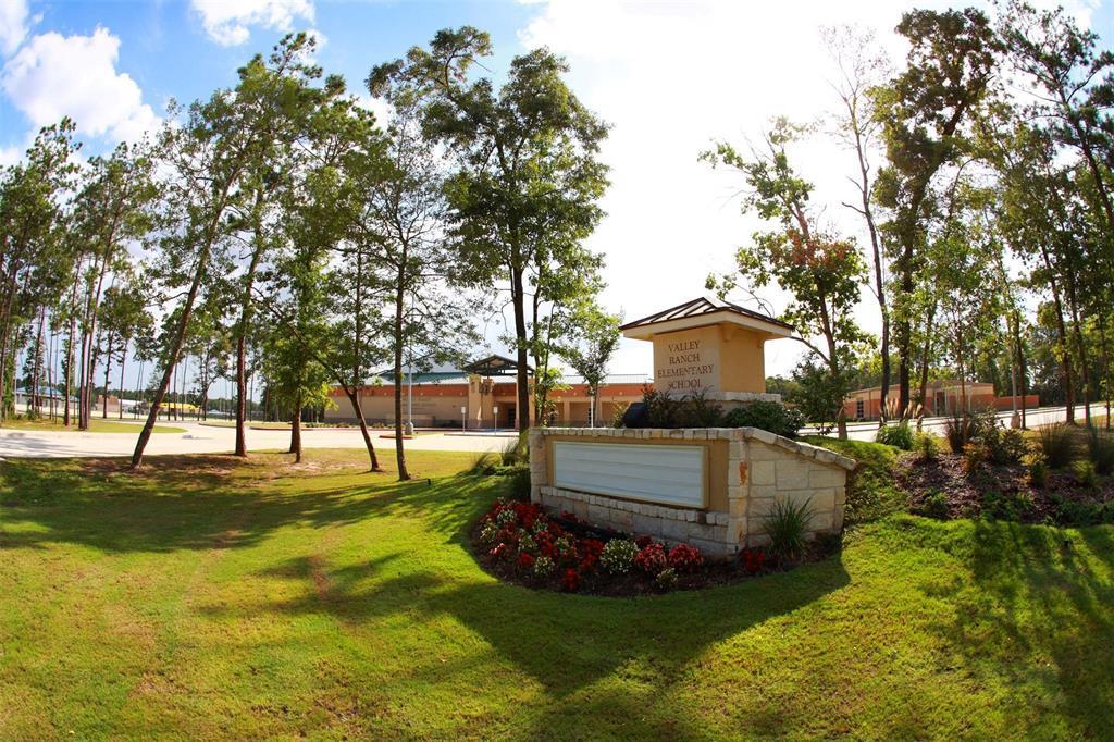 Off Market   21227 Flowering Dogwood Circle Porter, Texas 77365 17