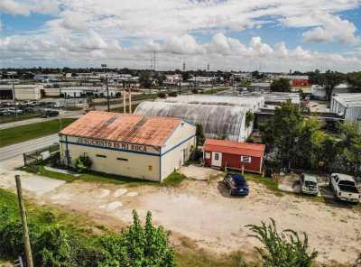 Off Market | 12700 Market Street Road Houston, Texas 77015 2