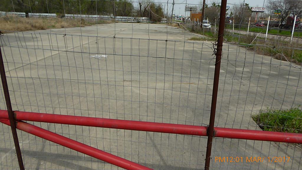 Active | 9501 North Freeway Houston, Texas 77037 2