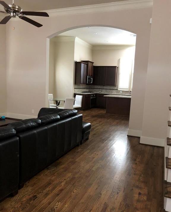 Off Market | 2332 W Hutchins Street Houston, TX 77004 38