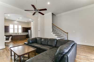 Active | 2332 W Hutchins Street Houston, Texas 77004 7