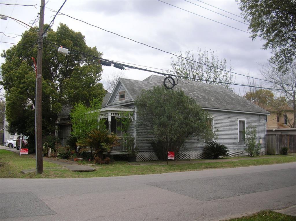 Off Market | 1817 SUMMER  Houston, Texas 77007 1