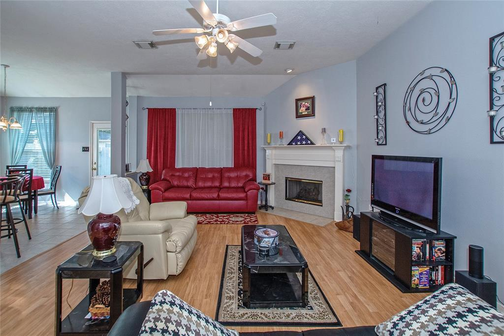 Off Market | 3215 Seasons Trail Kingwood, Texas 77345 7
