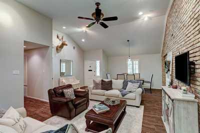 Off Market | 2507 Blue Willow Drive Houston, Texas 77042 2