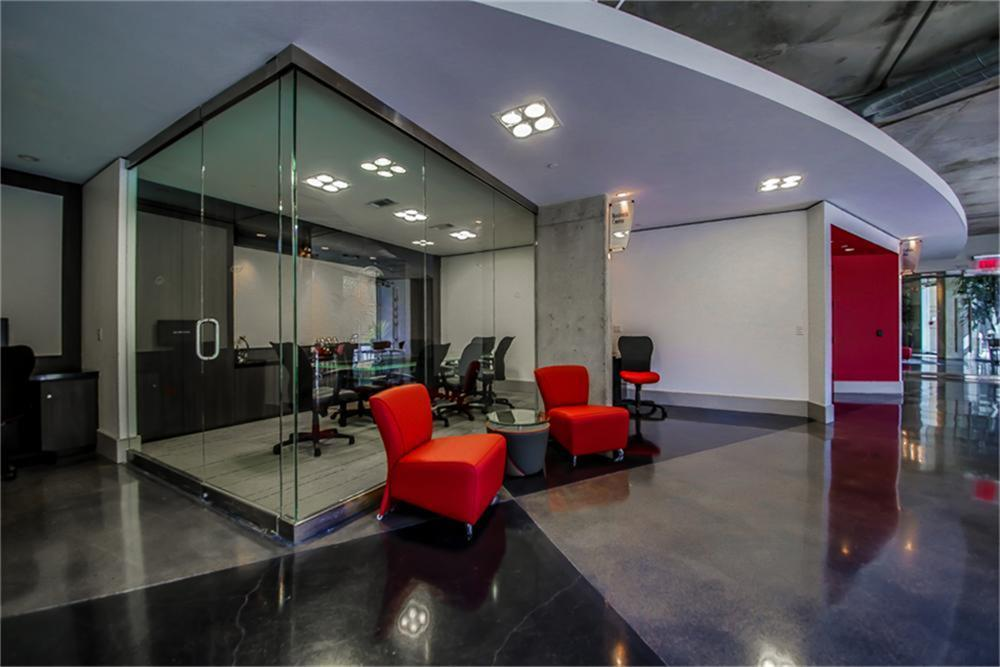 Off Market | 1901 Post Oak Bl  #2212 Houston, Texas 77056 5