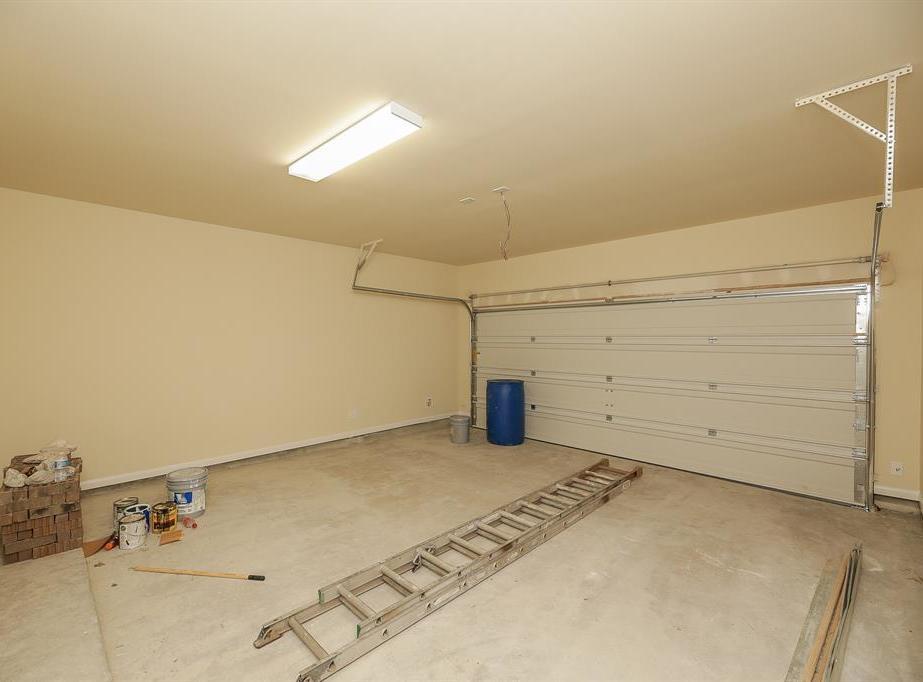 Active | 3827 Moreland Branch Lane Katy, TX 77493 40