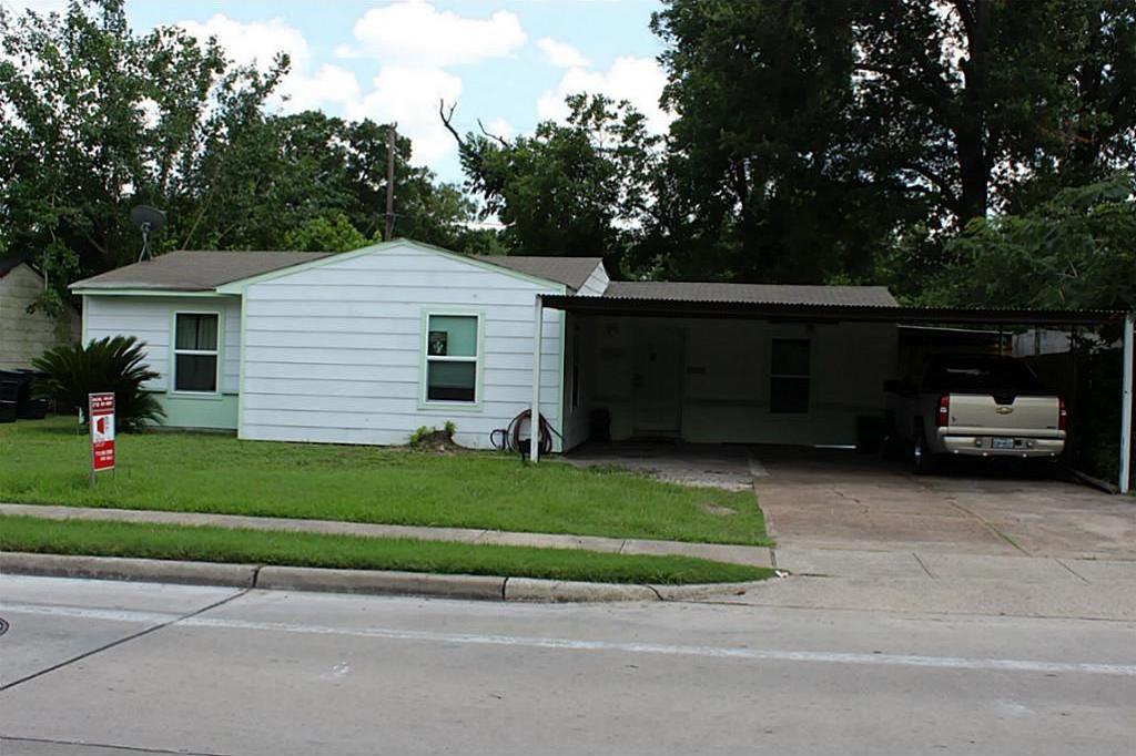 Active   6529 Westview  Houston, Texas 77055 3