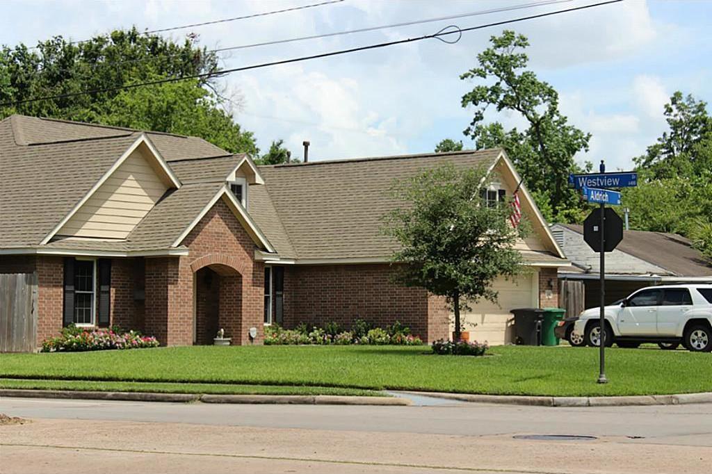 Active   6529 Westview  Houston, Texas 77055 8