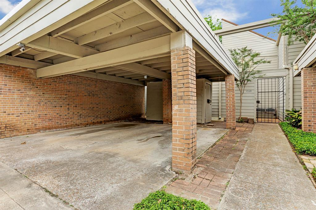 Off Market | 1520 Fairview Avenue Houston, Texas 77006 1