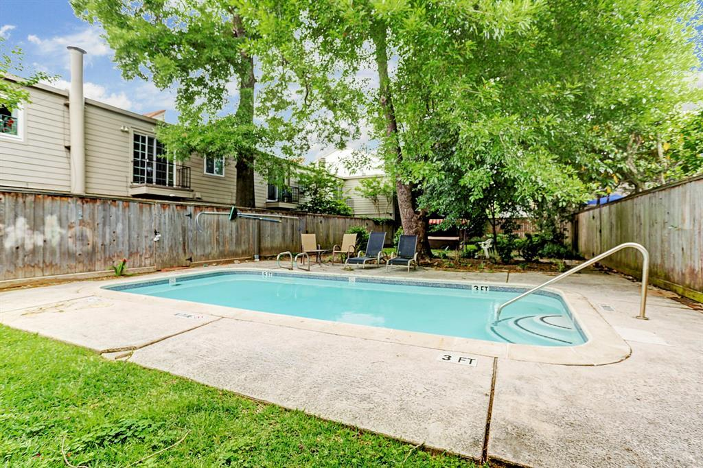 Off Market | 1520 Fairview Avenue Houston, Texas 77006 16