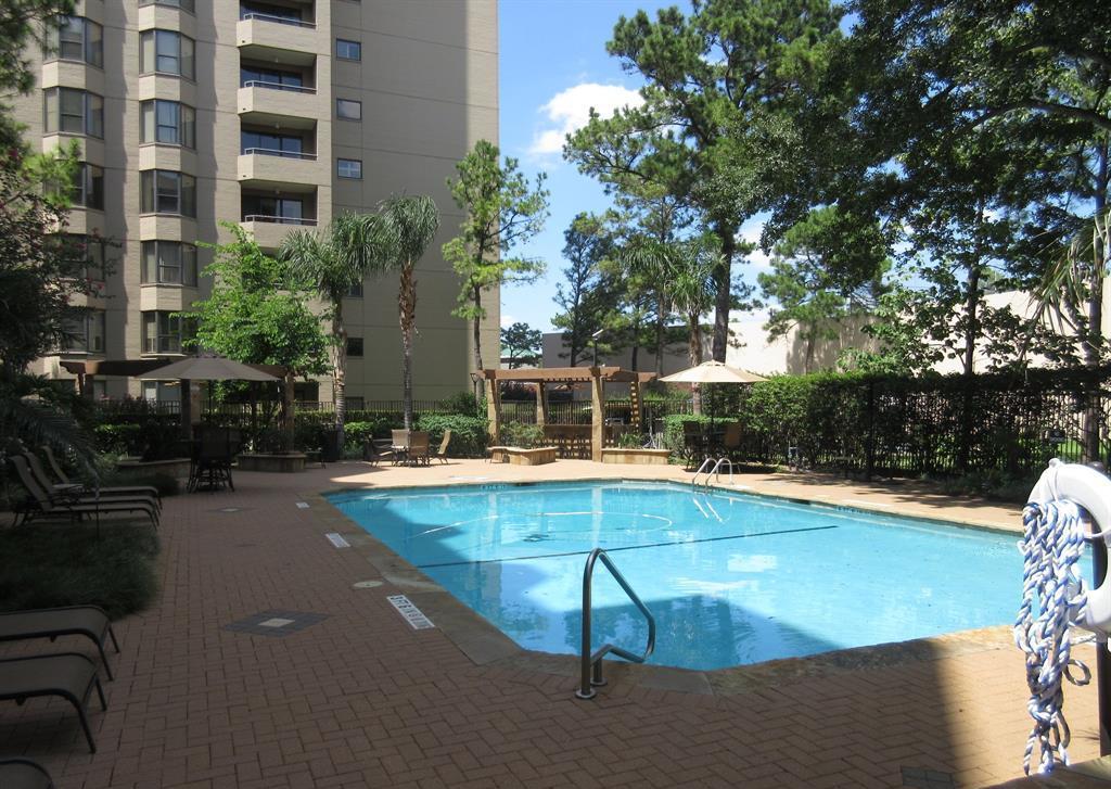 Off Market | 661 Bering Drive #810 Houston, Texas 77057 16