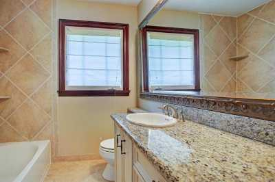 Off Market | 4919 Imperial Street Bellaire, Texas 77401 10