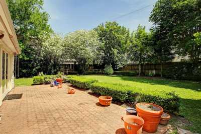 Off Market | 4919 Imperial Street Bellaire, Texas 77401 11