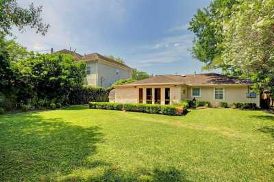 Off Market | 4919 Imperial Street Bellaire, Texas 77401 6