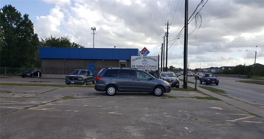 Off Market   9802 Homestead Road Houston, Texas 77016 21
