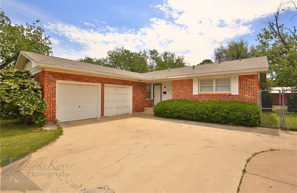 Sold Property   3133 Columbia Drive Abilene, Texas 79605 2