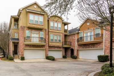 Off Market | 31 Versante Court Houston, Texas 77070 2