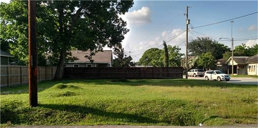Off Market | 6801 6803 N Main Street Houston, Texas 77008 0