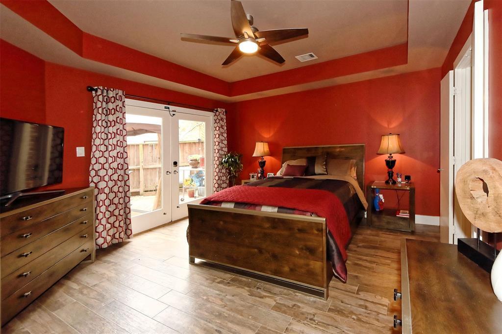 Off Market | 9809 Samantha Suzanne Court Houston, Texas 77025 18
