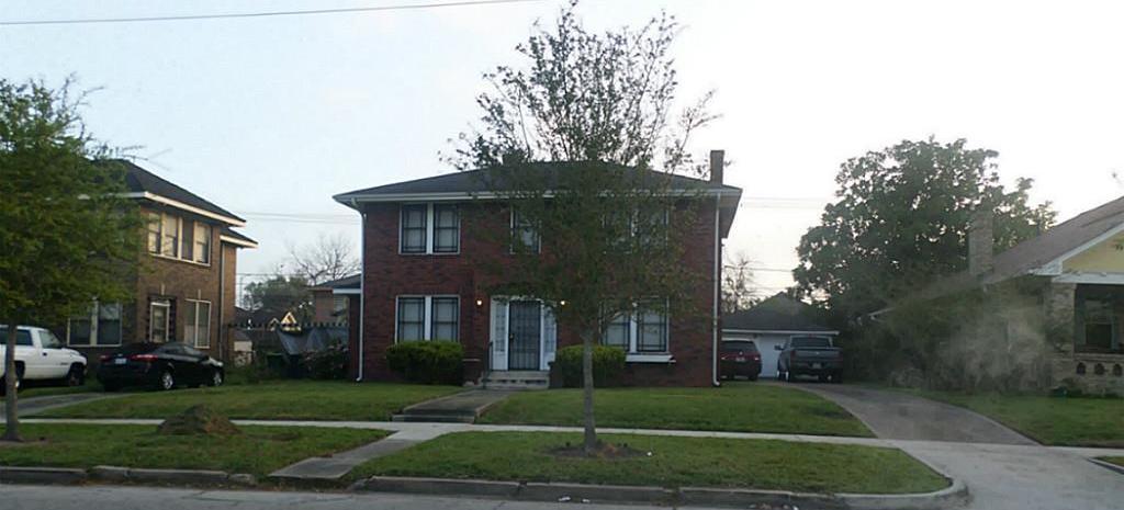 Off Market | 2501 Blodgett Street Houston, Texas 77004 3