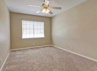 Pending   407 Bendwood Drive #38 Houston, Texas 77024 15