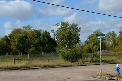 Off Market | 0 Ambrose Street Houston, Texas 77045 3