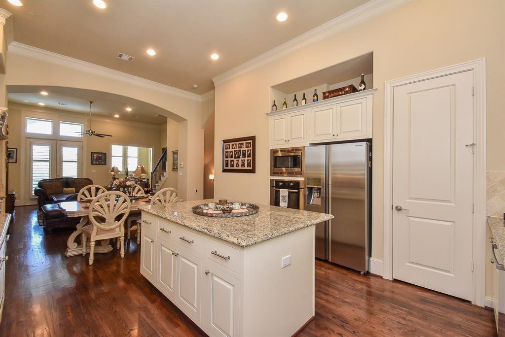 Off Market | 10925 Wrenwood Manor Houston, Texas 77043 13