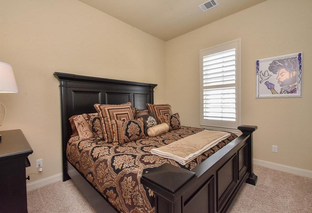 Off Market | 10925 Wrenwood Manor Houston, Texas 77043 15
