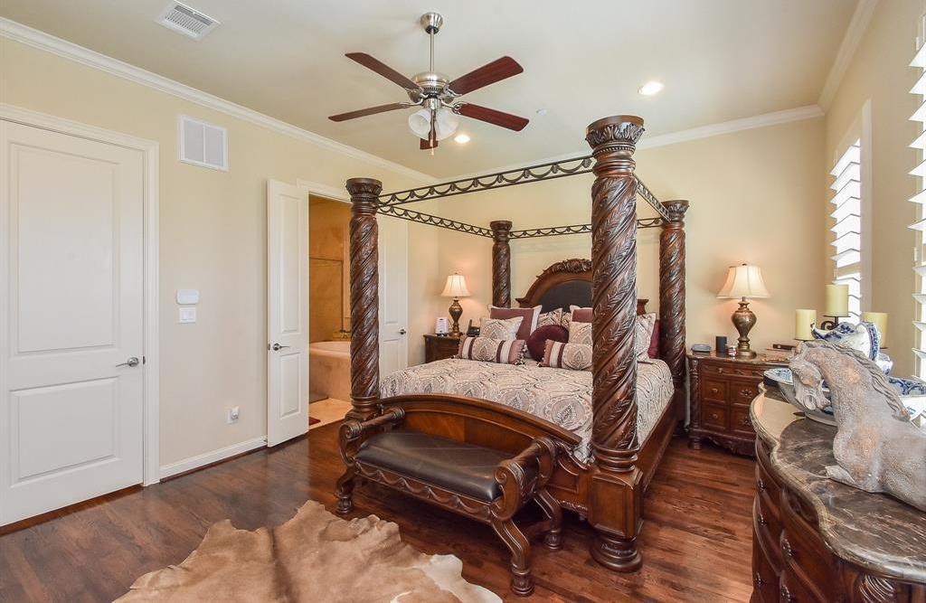 Off Market | 10925 Wrenwood Manor Houston, Texas 77043 17