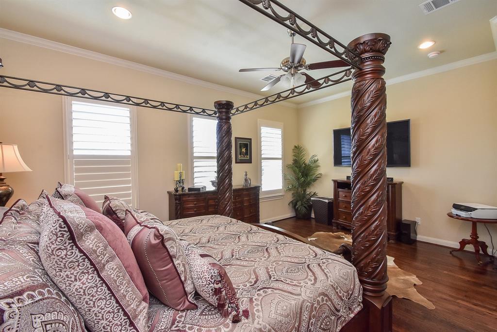 Off Market | 10925 Wrenwood Manor Houston, Texas 77043 18