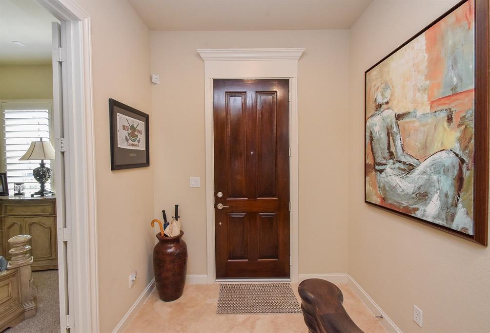 Off Market | 10925 Wrenwood Manor Houston, Texas 77043 2