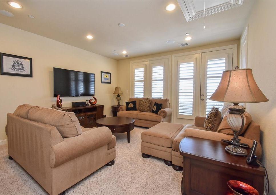 Off Market | 10925 Wrenwood Manor Houston, Texas 77043 22