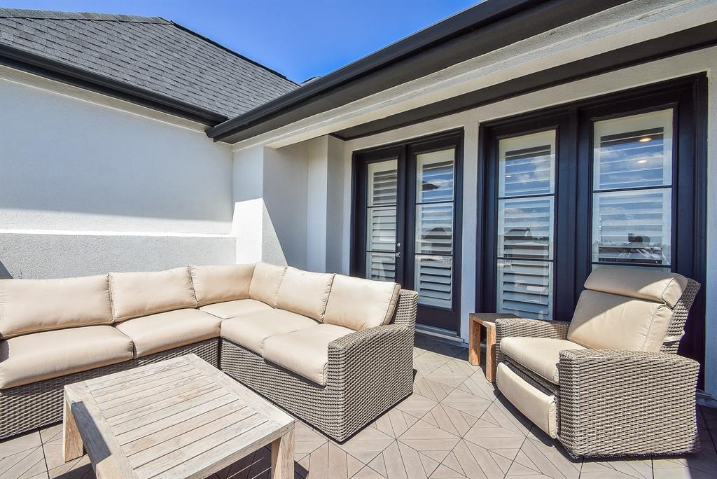 Off Market | 10925 Wrenwood Manor Houston, Texas 77043 27