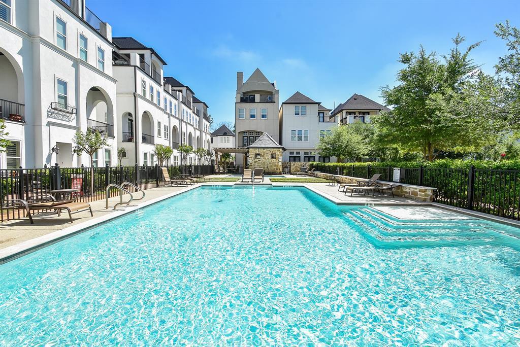 Off Market | 10925 Wrenwood Manor Houston, Texas 77043 31
