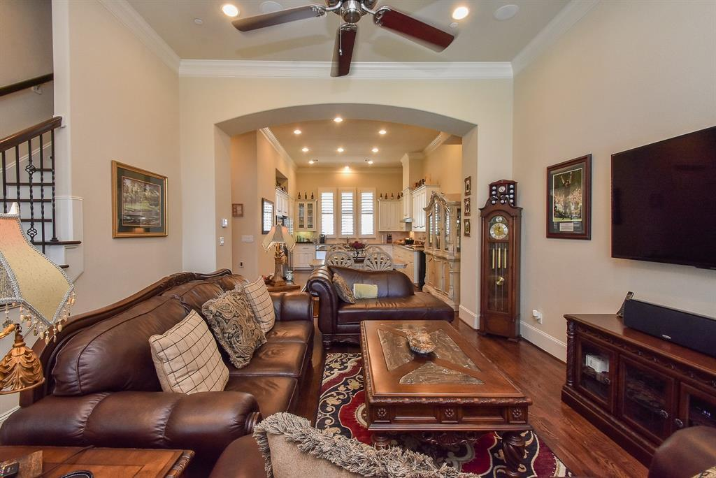 Off Market | 10925 Wrenwood Manor Houston, Texas 77043 7
