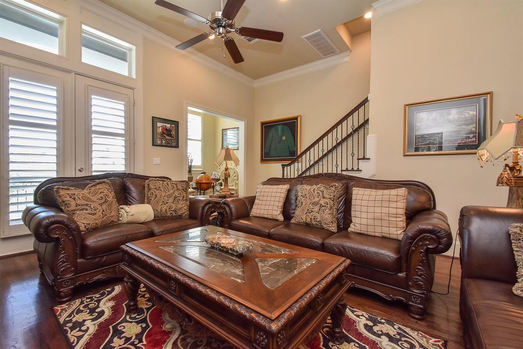 Off Market | 10925 Wrenwood Manor Houston, Texas 77043 8