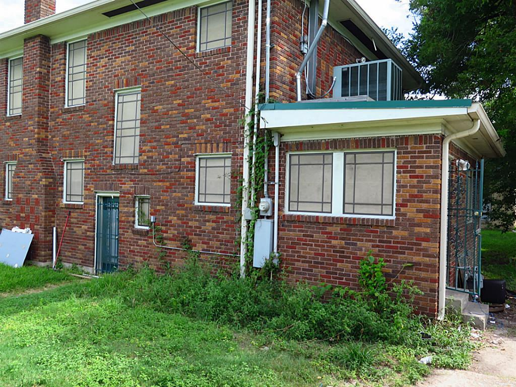 Off Market | 3902 Hamilton Street Houston, TX 77004 4
