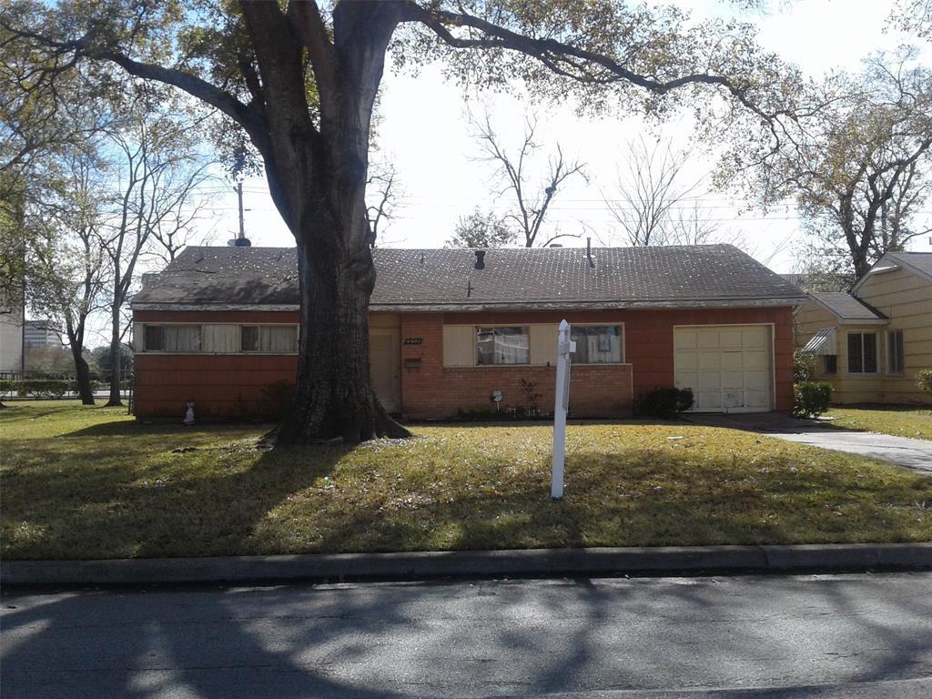 Off Market | 4907 Mayfair Street Bellaire, Texas 77401 0