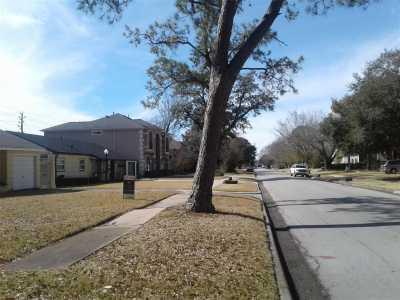 Off Market | 4907 Mayfair Street Bellaire, Texas 77401 8