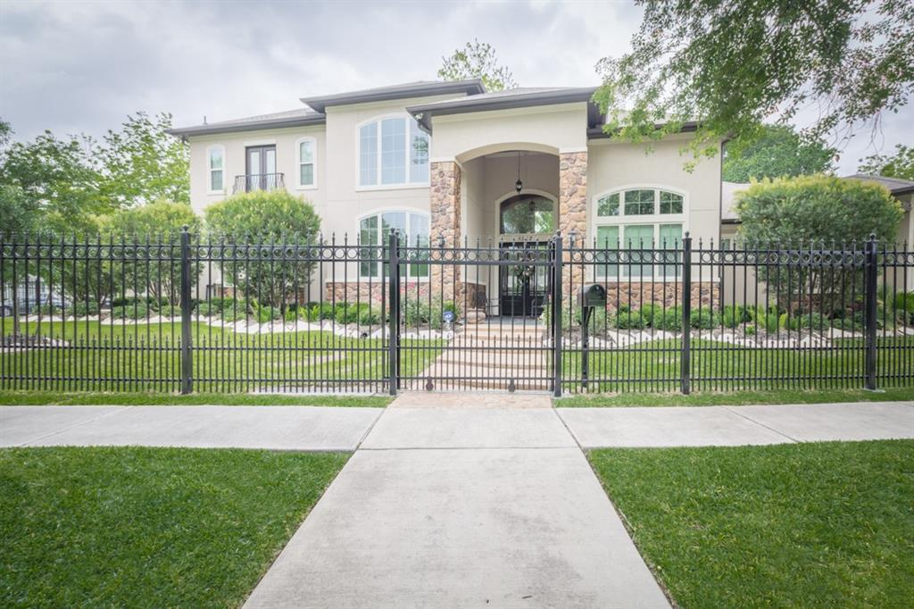 Off Market | 8502 Glenview Drive Houston, Texas 77017 0
