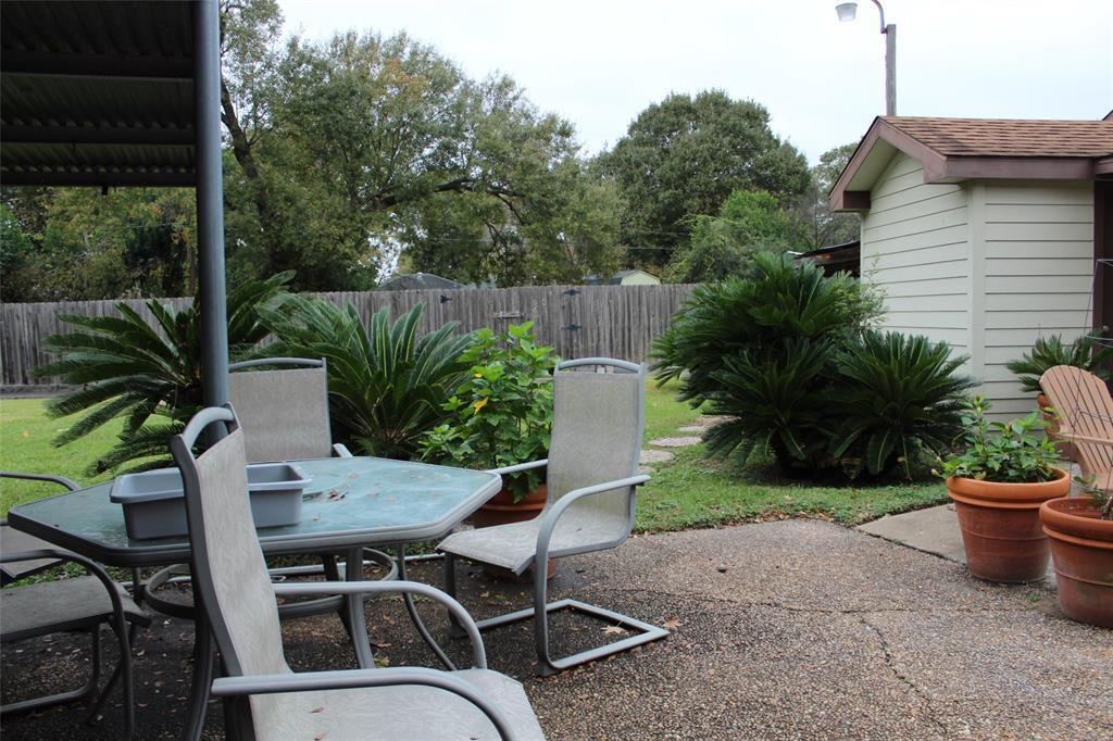 Pending Continue to Show | 1306 W 31st Street Houston, Texas 77018 6