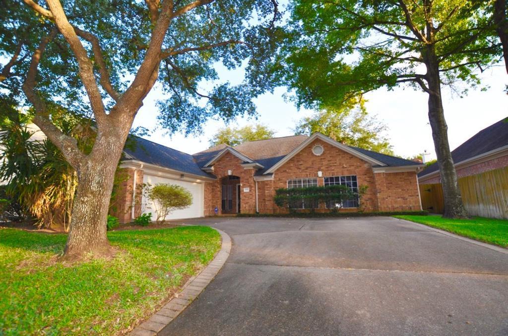 Off Market   14207 Heatherhill Place Houston, Texas 77077 1