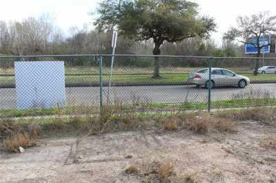 Active | 4626 W Fuqua Street Houston, Texas 77045 7