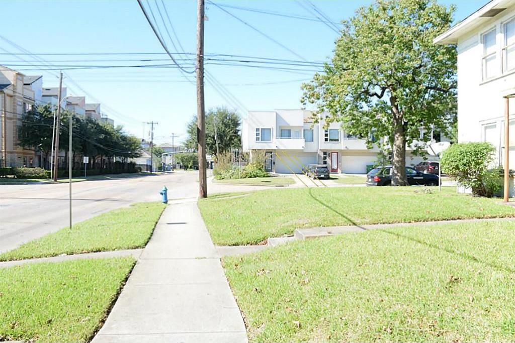 Active | 4311 Crawford Street Houston, TX 77004 6