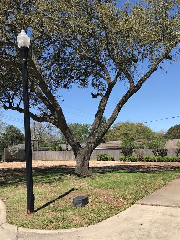 Off Market | 4130 Gairloch Lane Houston, TX 77025 1