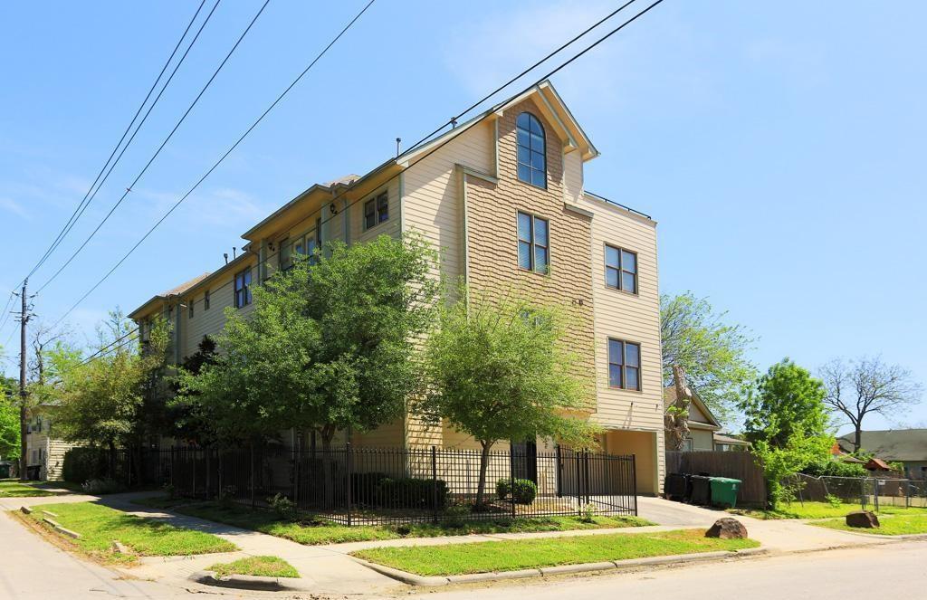 Off Market | 210 Cordell Street Houston, Texas 77009 0